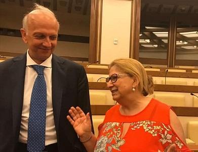 """""""Vecchia storia nord diligente e sud terrone"""", la Villani risponde al ministro"""