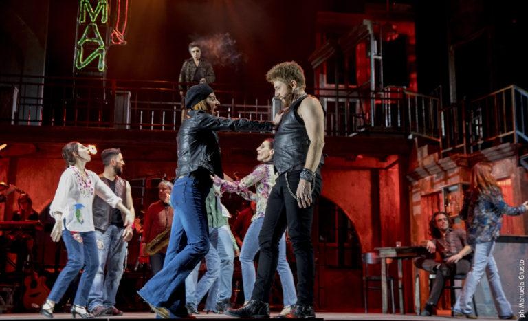 Musical di Pino Daniele, standing ovation a Milano