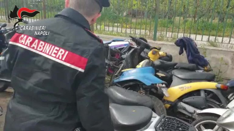 Trovati 66 scooter in centri di accoglienza: 14 sono rubati