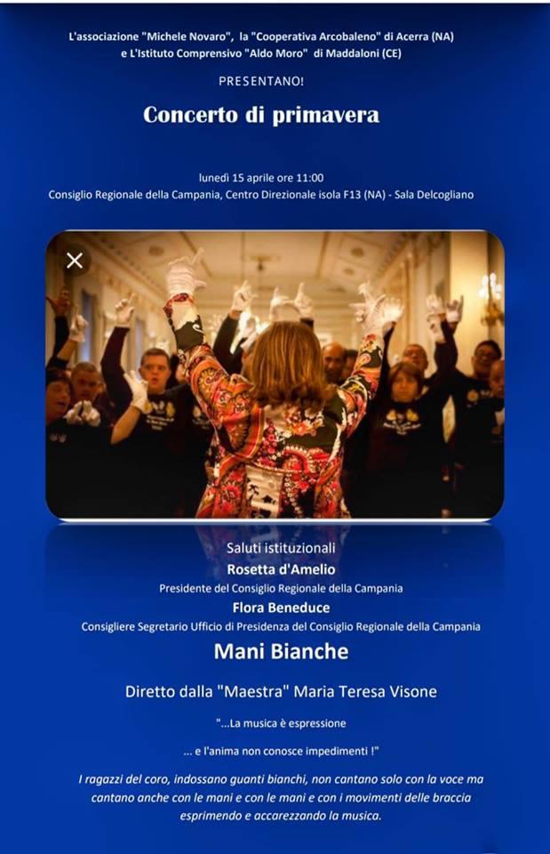 """Il coro """"Mani Bianche"""" di Acerra in Consiglio regionale"""