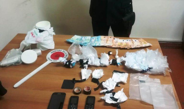 Cocaina nei mobili della cucina, arrestato ottavianese