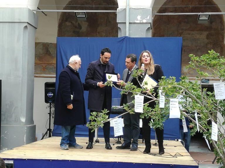 """All' ambientalista Biagio Chiariello il premio """"Goccia d'oro"""""""