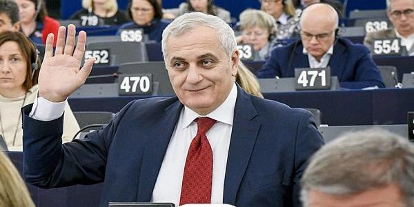 Sant'Anastasia. Agricoltura e lavoro,l'europarlamentare Caputo con Coccia