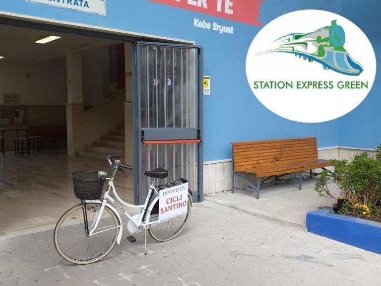 """Stazione Eav di Pratola Ponte sempre più """"green"""": una bici per gli utenti"""