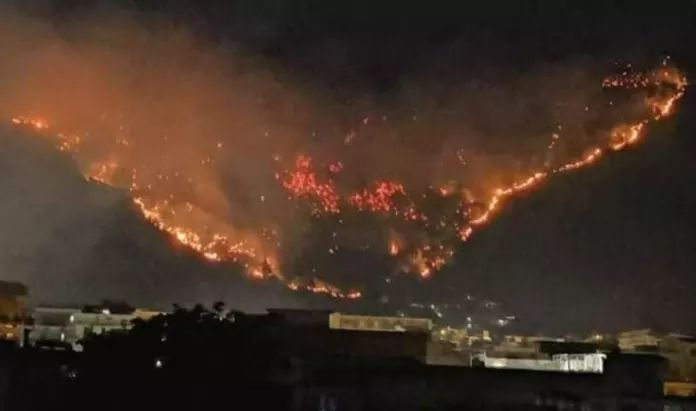 Incendio Sarno, rischio idrogeologico: Angrisani e Villani (M5S) al ministero