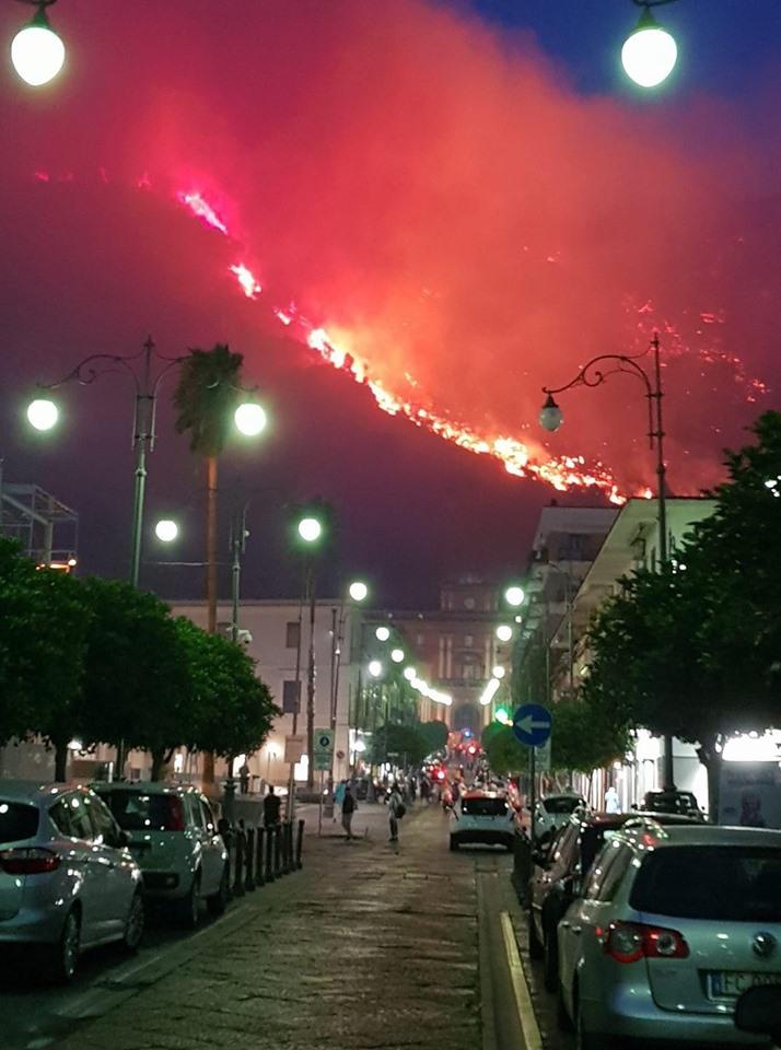 """Ottaviano. Incendio Sarno, Capasso: """"Disponibilità per qualsiasi supporto"""""""