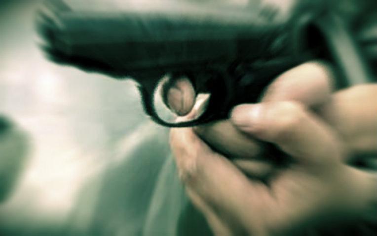 Lite tra automobilisti, 26enne spara e scappa poi si consegna ai Cc di Volla