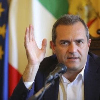 """Tangenziale, lavoratori in cassa integrazione De Magistris: """"Sbalorditi"""""""
