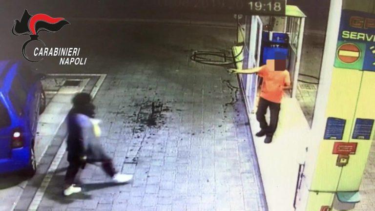 Rapina distributori di benzina a S.Anastasia e Casalnuovo: arrestato. Video