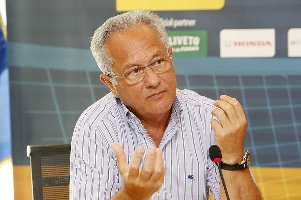 Pallavolo.  Grande evento a Napoli: Julio Velasco incontra i tecnici del Sud