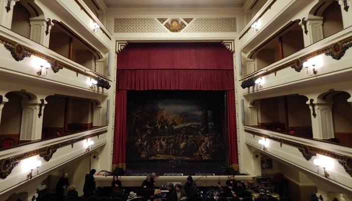 Capua, al Teatro Ricciardi: Natale in casa Cupiello tra mito e verità