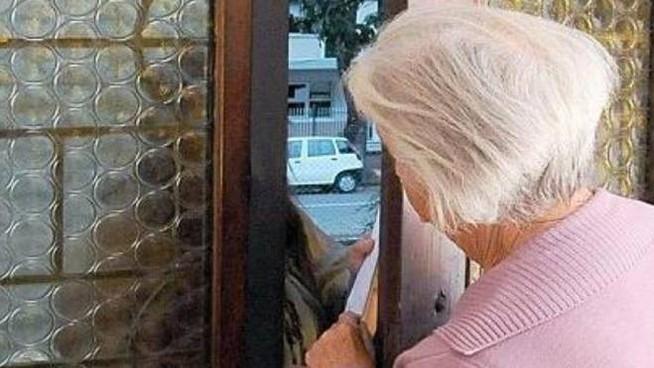 Cercola. Falsi incidenti, truffa anziani per migliaia di euro: arrestato