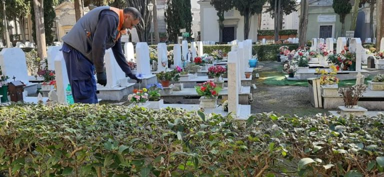 Ottaviano. Riaprono cimitero e mercato, via libera agli ambulanti