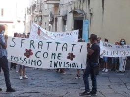 protesta associazioni fonte foto utente fb