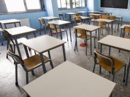 banchi scuola distanziati