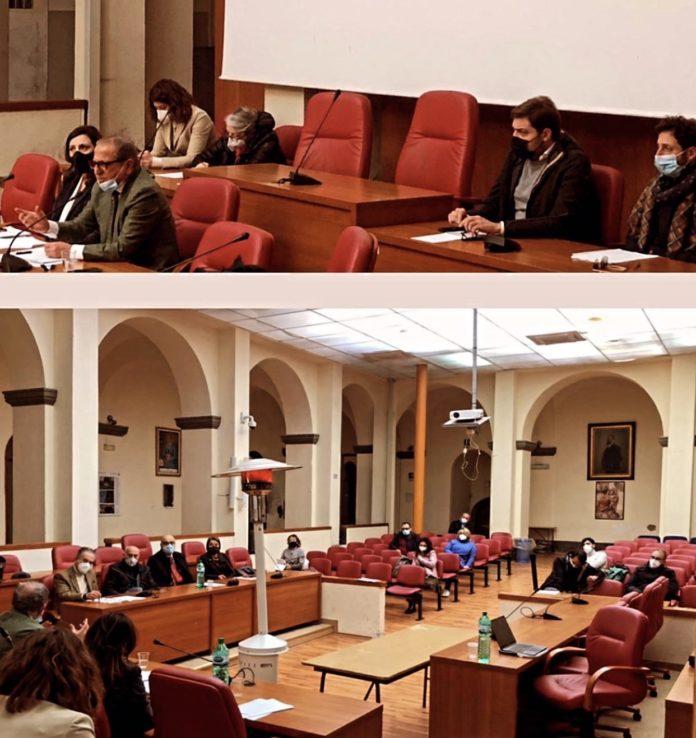 riunione sindaco esposito, medici, scuole