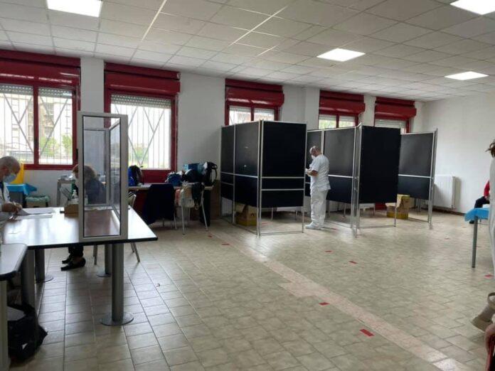centro vaccinale angri fonte foto pagina fb iozzino