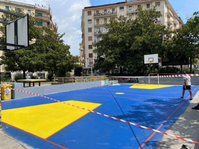 campo basket medaglie d'oro fonte foto charlatans basket napoli asd